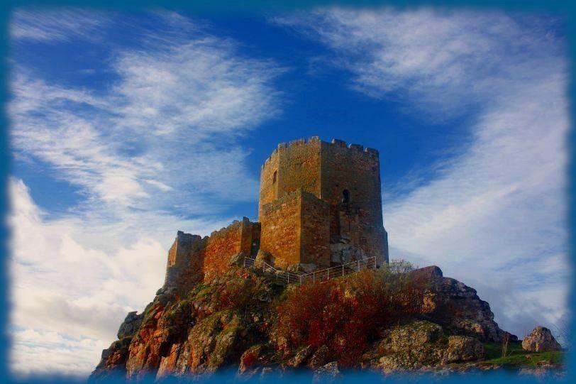 castillo de algoso portugal