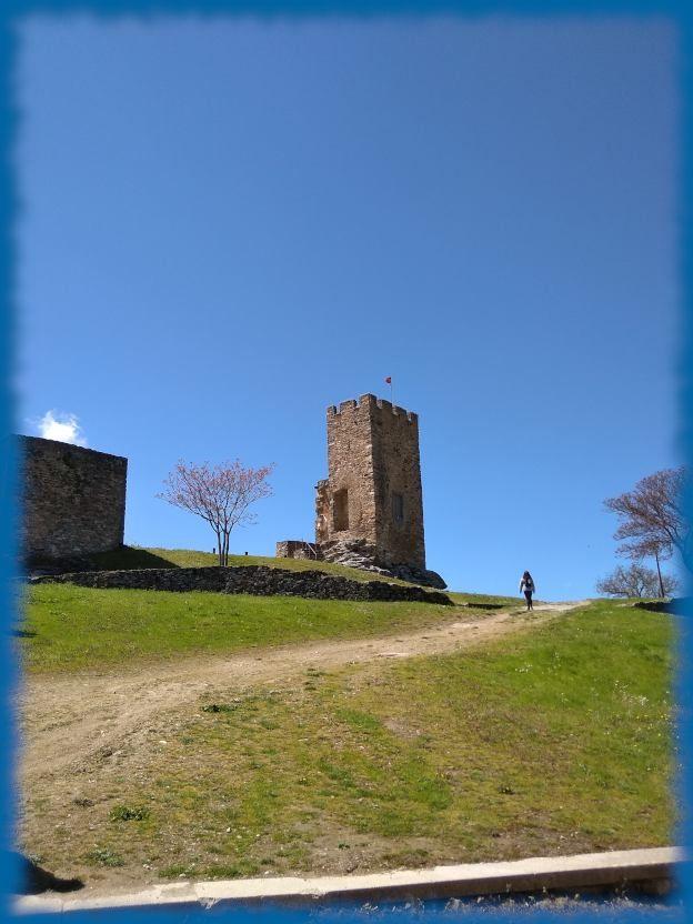 castillo de mogadouro