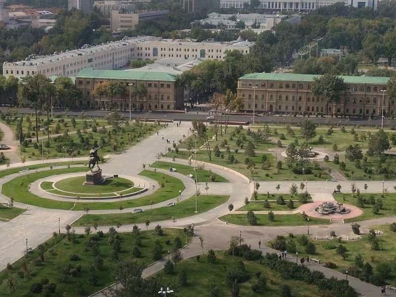 Amir Timur square tashkent