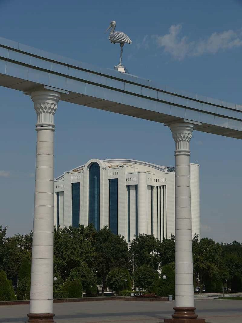 Plaza de la independencia de Tashkent