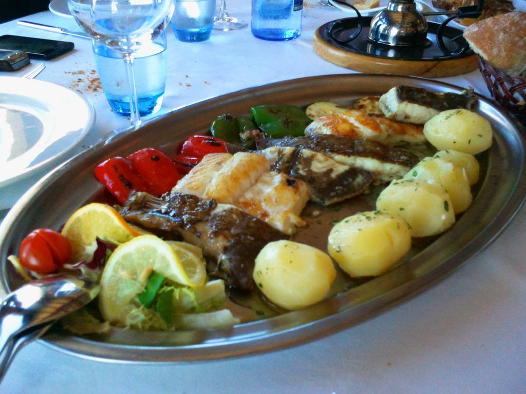 Selección de pescado en Restaurante Mirador do Cepudo, Vigo