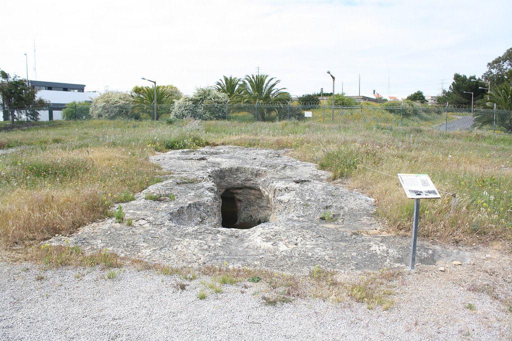 Necrópole de Carenque